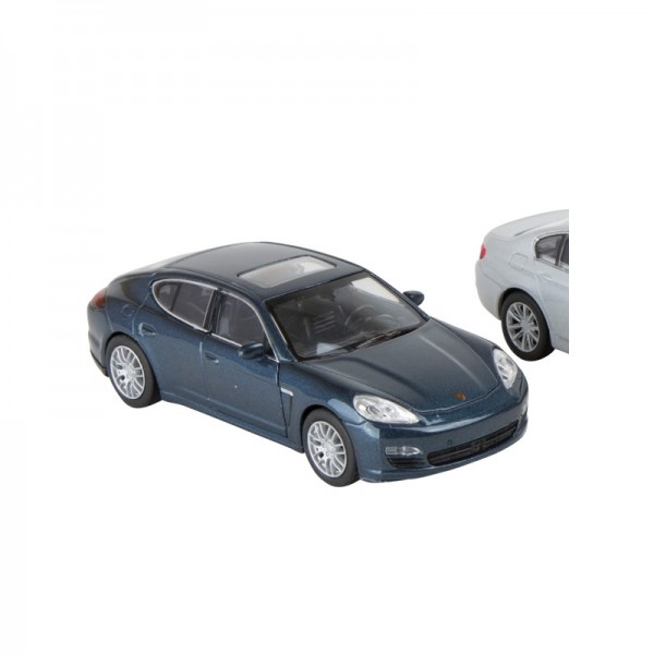 Moderne voiture miniature de sport